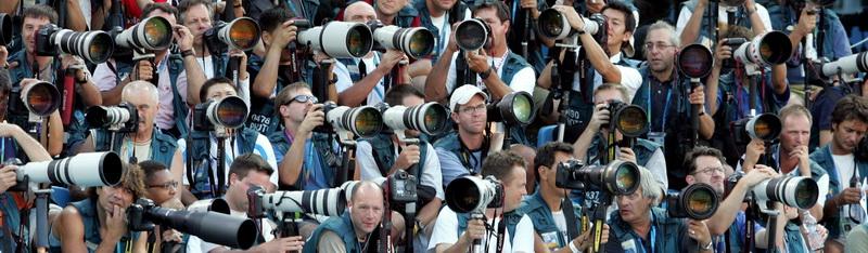 Kết quả hình ảnh cho hình ảnh nhà báo